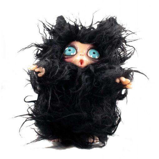 Peluche MicioMicio il Folletto che si traveste da gatto nero con occhi blu