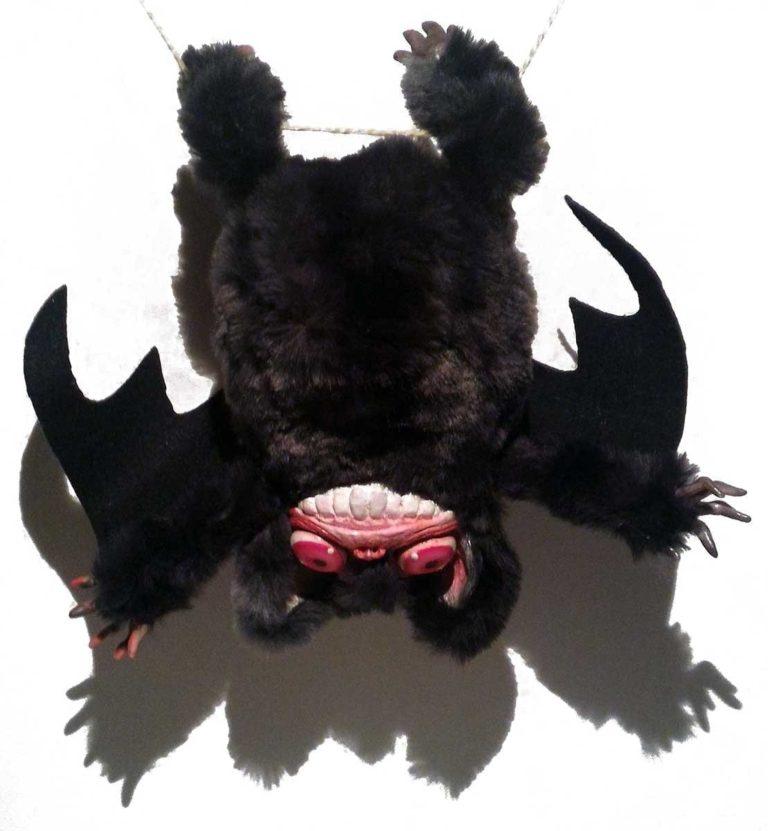 Peluche Vampistrillo, il vampiro che diventa pipistrello
