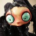 Gothic Doll: Bambola Vecchia Strega Lylia capelli bianchi