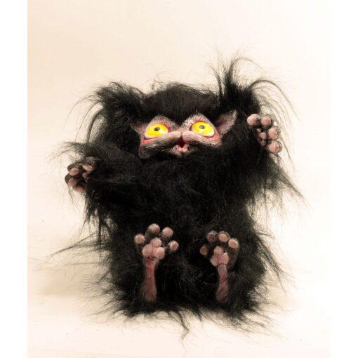 Peluche del gatto nero Cagliostrino con occhi gialli