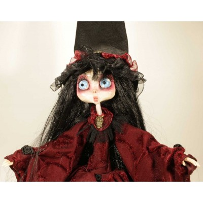 Dolls Handmade Gothic Doll: Bambola Strega Carmilla Del Gufo Oscuro