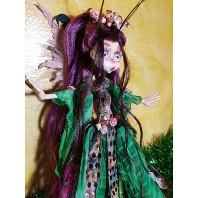 Bambola gotica di una Fata con vestito verde
