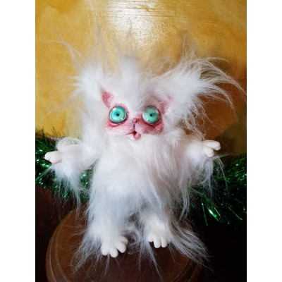 Peluche Gatto Bianco Cagliostrino occhi verdi e  pelo liscio