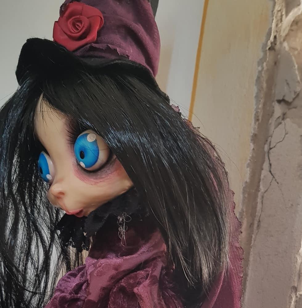 instablog  Lucilla si veste carina per         ... burattino cagliostrino doll dollart dollhouse handcrafted luccacomics2019 puppet