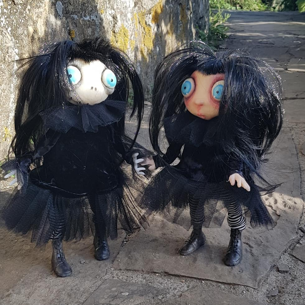instablog Before and after. ... cagliostrino doll ghost gothic gothicdoll gothicgirl goticdolls handmade handmadepuppet zombie