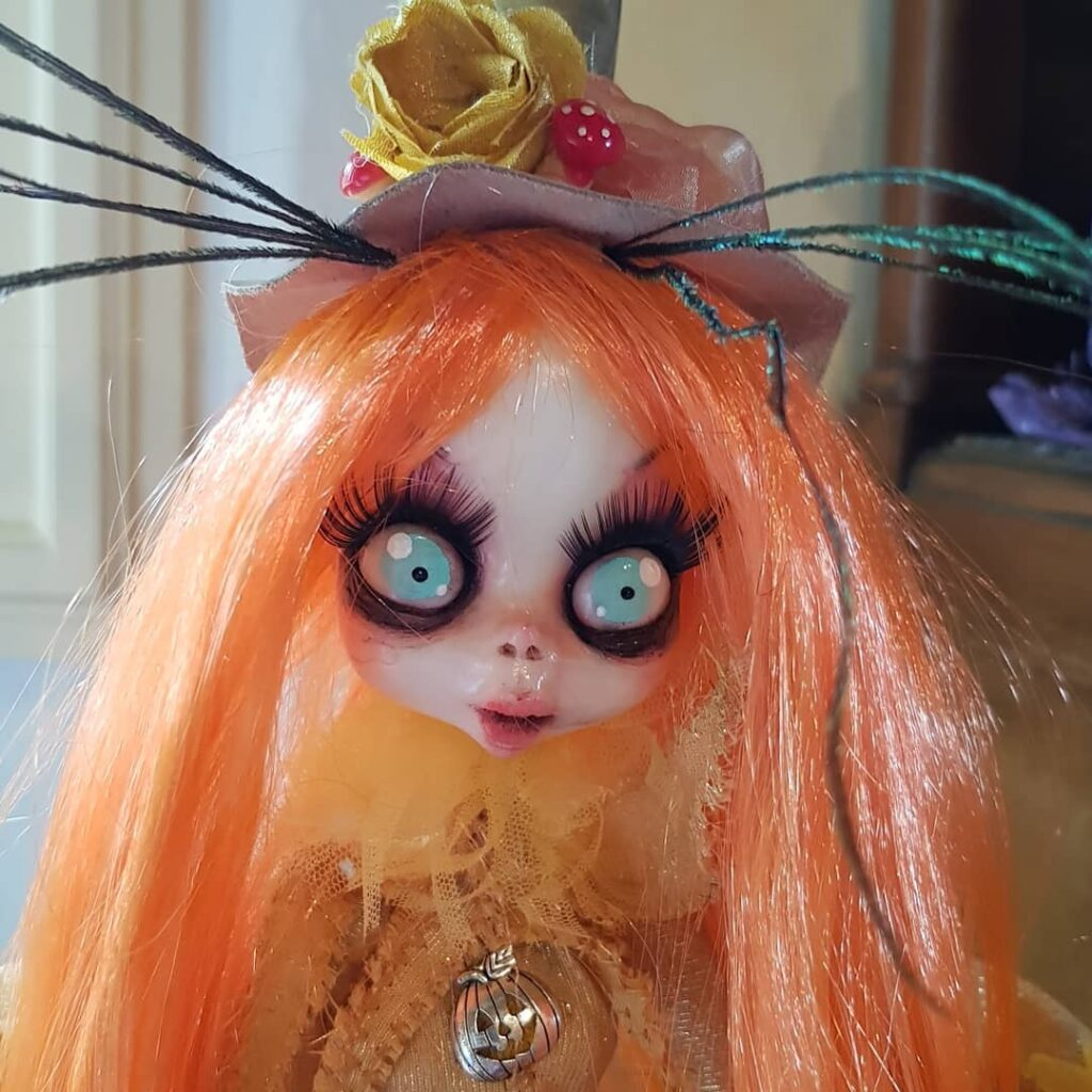 instablog Lady Samahin ... dollart dollfantasy dollmakers halloween halloweencreations halloweendecorations halloweendoll halloweentime sabba samain streghe wicca witch witchdoll
